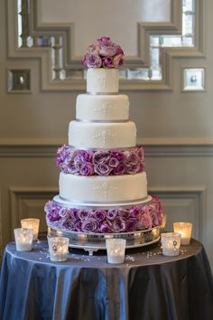 Beautiful wedding cake with lavender coloured roses.... ᘡղbᘠ mirror, cranberri, cake idea, purple flowers, photo shoot, wedding shoot, blue cakes, blues, purple wedding cakes