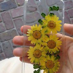 Картинка с тегом «flowers, case, and iphone»