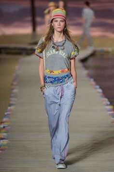 Fashion Month is over and we picked our top Spring 2016 trends