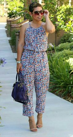 10 Fashionable Jumpsuit Sewing Patterns - GleamItUp - I wish jumpsuits were more flattering on my body, but I adore them. One of these has to look decent on me! Diy Clothing, Sewing Clothes, Diy Fashion, Fashion Dresses, Fashion Trends, Origami Fashion, Fashion Details, Fashion Fashion, Diy Jumpsuit