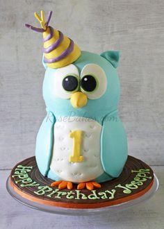 Boy 1st Birthday : Standing Owl Cake, Smash Cake