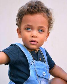 Beautiful Black Babies, Beautiful Children, Beautiful Eyes, Beautiful People, Cute Mixed Kids, Cute Kids Pics, Baby Boy Fashion, Kids Fashion, Cute Babies Newborn