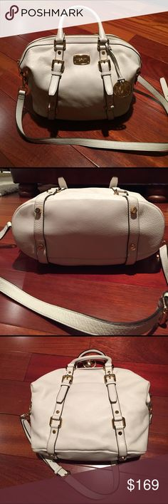 """Michael Kors Bedford Medium Satchel in Vanilla This bag is awesome!  Vanilla (off-white) pebbled leather with gold accents. Secure zip closure. Removable shoulder strap. Logo lined interior with 4 slip pockets and a large zip pocket. Only used a few times. Excellent condition. Approx 15""""x12""""x5"""". Michael Kors Bags Satchels"""
