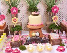 love these crochet flower pot displays