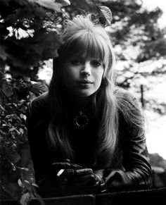 "Marianne Faithfull on set of ""The Girl On A Motorcycle"" by unknown photographer 70s Singers, Female Singers, Robert Frank, Charlotte Rampling, Twiggy, Alexa Chung, Rock Band Photos, Devon Carlson, Rock And Roll Girl"