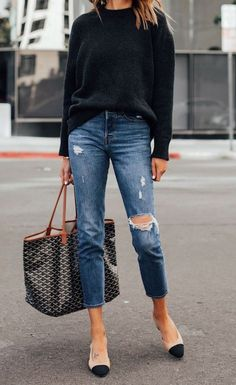 Stylish street style outfits - You are in the right place about minimalist flower Here we offer you the most beautiful pictures a - Adrette Outfits, Casual Outfits, Fashion Outfits, Fashion Tips, Fashion Ideas, Polyvore Outfits, Fashion Quotes, Sweater Outfits, Casual Dresses For Women