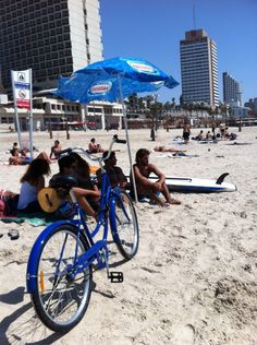 Hit the beach in Tel Aviv. Discover restaurants, bars, shops, clubs & cultural hotspots that locals love in Tel Aviv: www.10thingstodo.in