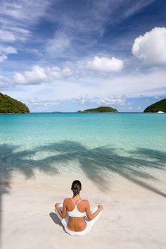 .beach yoga
