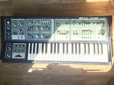 MATRIXSYNTH: Roland SH-7 SN 710628