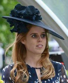 Blue hat of princess Beatrice