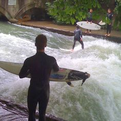 Think landlocked Munich is too far from a coast to boast a surf culture? Nein, dude. Since the 1970s, surfers have been riding a treacherous and icy river wave right at the edge of the city's Englischer Gartens. Munich. Via T+L (www.travelandleisure.com/travel-blog/).