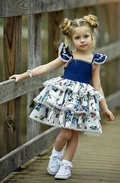 VOGUE ENFANTS: Must Have of the Day: Dollcake most popular design is back and better than ever! Girls Party Dress, Little Girl Dresses, Baby Dress, Girls Dresses, Flower Girl Dresses, Toddler Girl Dresses, Party Dresses, Vestidos Fashion, Kind Mode
