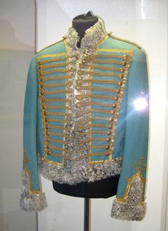 Pavlograd hussar uniform, lovely colour. Ukraine, Merry Widow, Royal Clothing, Mens Attire, Fashion Now, Mens Fashion, Imperial Russia, Historical Clothing, Costumes