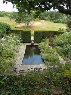 Hollister House Gardens