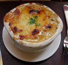 Le Cordon Bleu French Onion Soup (Soupe a l'Oignon)