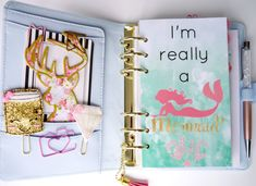 Super cute planner dashboard for all you mermaid lovers out there.  Made to fit personal sized planners like the medium Kikki K, A5 and pocket