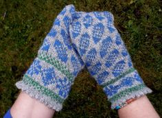 knitted mittens hand knitted gray blue wool by peonijahandmadeshop, $44.50