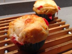 MUFFINS...PAN PIZZA!