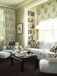 I am seeing roman shades everywhere these days. Love this book shelf tucked in this niche. House of Turquoise: Seafoam Hideaway Design Living Room, Family Room Design, Living Spaces, House Of Turquoise, Cool Ideas, Creative Ideas, Decor Room, Living Room Decor, Home Decor