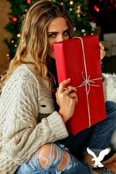 Party outfit winter jeans christmas gifts new Ideas Dinner Outfits, Casual Outfits, Cute Outfits, Zoella, Party Looks, Christmas Pictures, Kids Christmas, Christmas Morning, Christmas Crafts