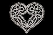čipka motiv srce malo (009) - idrijska čipka Vanda Lapajne