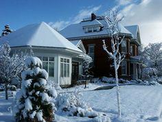 Eldredge Manor