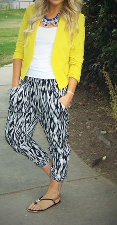 I don't usually like this style of pant or #black&yellow or that shade of yellow... but I love this!