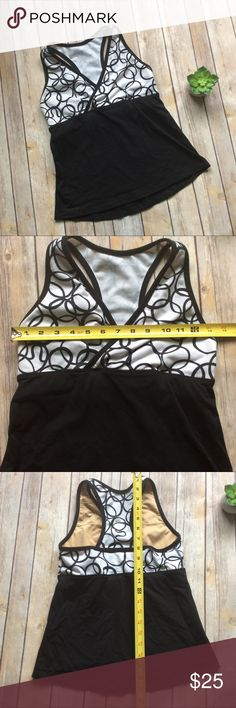 Lululemon Athletic Tank size 4 Great condition Tank from Lululemon. The size tag is no longer there but it is a size 4 ❌no trades, holds, or lowball offers. ✅Clean and smoke free home, quick shipping, bundle discount, always! 🎁Free gift with $15+ bundle. lululemon athletica Tops