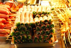 The culinary philosophy in Taiwan is simple. Eat often and eat well. Small eats -- but lots of them -- are the big thing here.