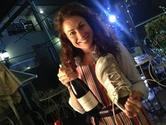 Can you really open a wine bottle with a shoe? Sure you can. The soon to launch Kitchen Hacks and Kate Liquorish @undomestikated show you how. Details to follow