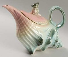 hull ebb tide pink turquoise tea pot