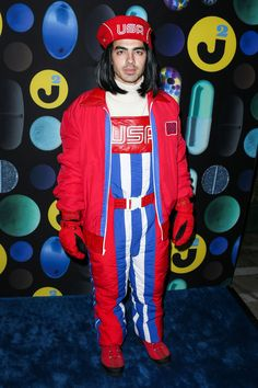 joe jonas as zoolander might actually be the best halloween costume of this year zoolander halloween costumes and costumes - Joe Jonas Halloween