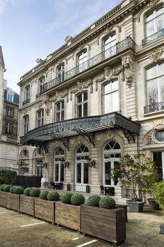Salons France-Amériques, Hôtel Le Marois