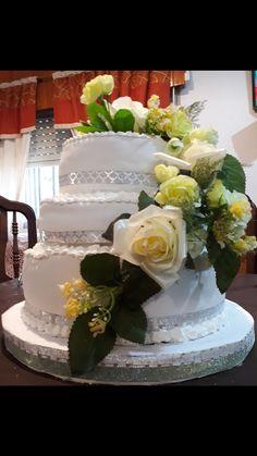 Pastel para boda con flores #tortadeboda #boda #pastel #flores #casamiento