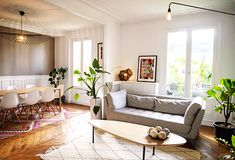 A living room in Paris via the blog SF Girl by Bay. Photo by Matthieu Ponchel.