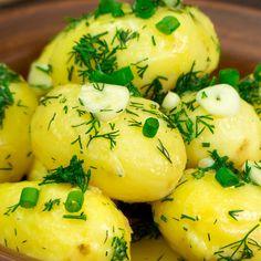 Ador acești cartofi cu sos de unt și mărar, pentru modul simplu de preparare și gustul irezistibil! - savuros.info Modul, Unt, Eggs, Breakfast, Food, Morning Coffee, Eten, Egg, Meals