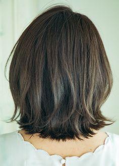恋の吸引力を宿したS字ワンレンボブ BEST HAIR SEARCH(ベストヘアサーチ) VOCE(ヴォーチェ)