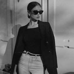 Gray Aesthetic, Black And White Aesthetic, Bad Girl Aesthetic, Black N White, Aesthetic Clothes, Girl Pictures, Girl Photos, Mode Outfits, Fashion Outfits