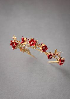 HARVEST red gold wedding crown 10 Wear the wristbands, put them all in all! Stylish Jewelry, Cute Jewelry, Hair Jewelry, Bridal Jewelry, Red Jewelry, Cute Rings, Pretty Rings, Beautiful Rings, Wedding Accessories
