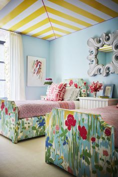 Nick Olsen New York House Tour - Photos of Nick Olsen Interior Design striped ceiling, flower print beds Striped Ceiling, Girls Bedroom, Bedroom Decor, Home Interior, Interior Design, Big Girl Rooms, Kid Rooms, Kids Decor, Home Decor