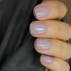 I love this nail polish color. This pale grayish, lavender nail color is so pretty for spring. #nailpolish #nails