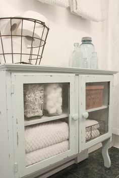 love this bathroom storage! Find More Accessories & Decorative Ideas for Your Bathroom at Centophobe.com #bathroom #Decorating Ideas