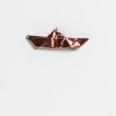zh-in:  Turina Brooch Copper Boat