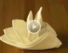 servietten falten anleitung seerose seerose oder auch lotusblume wird diese figur bezeichnet. Black Bedroom Furniture Sets. Home Design Ideas