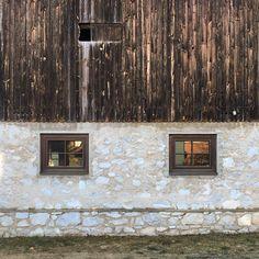 #URBAGRAMMA #30 #Stall #Carinthia #kärnten #Austria #Österreich #Windows #Façade #Wood #Stone