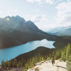 Life is easier on the road than behind an office desk   Canada   Johan Lolos Say Yes To Adventure «hm... maaaybe....Not like you're sharing tho :P but that's a far off privlege haha»