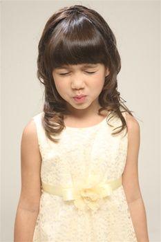 flower girl dresses :)