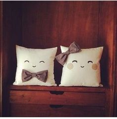 His & her cute pillows Cute Pillows, Diy Pillows, Decorative Pillows, Cushions, Throw Pillows, Sewing Crafts, Sewing Projects, Diy Projects, Cushion Covers