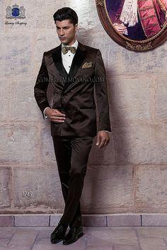 Traje de novio italiano a medida esmoquin cruzado 6 botones, en raso marrón, solapa pico raso negra, modelo 1249 Ottavio Nuccio Gala colección Black Tie 2015.