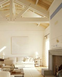 Best White Paint Colors by Benjamin Moore Home Bunch Interior Design Ideas Best White Paint, White Paint Colors, Trim Paint Color, White Paints, My Living Room, Home And Living, Living Spaces, Cottage Living, Interior Exterior